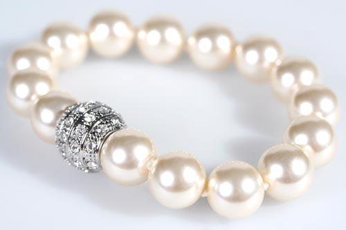 Modeschmuck perlen armband  Perlenarmband 14mm in weiß mit Kristallen und Magnetverschluss | eBay